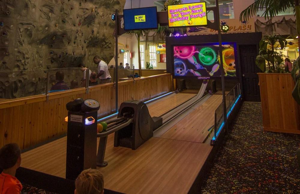 Mini Bowling Jungle Rapids