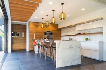 kitchen-with-calcutta-gold-marble