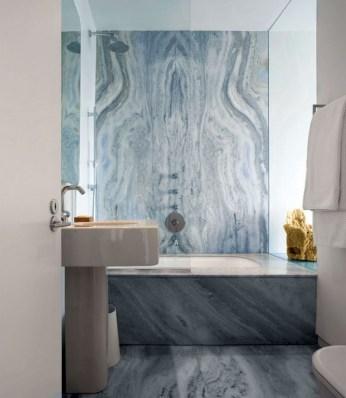 sleek-bathroom-with-blue-toned-marble