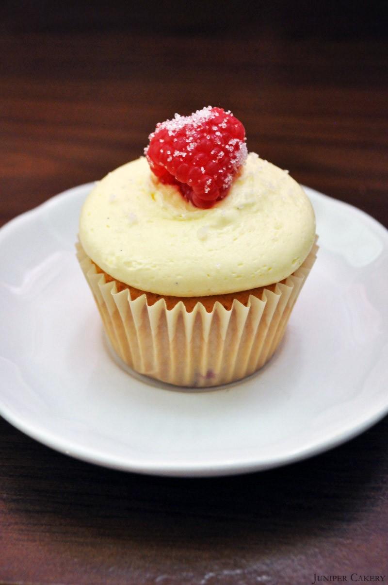 Recipe: Raspberry, Bergamot and Vanilla Cupcakes