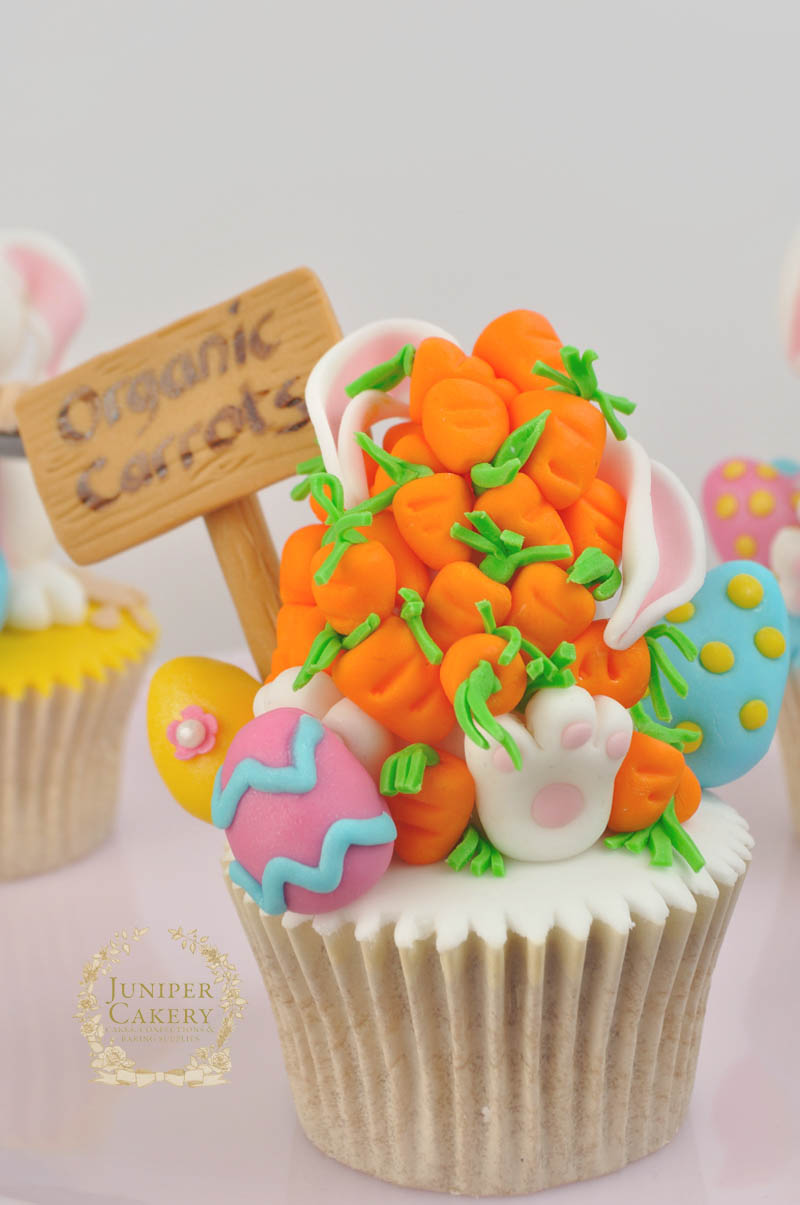 Easter bunny and carrots cupcake by Juniper Cakery