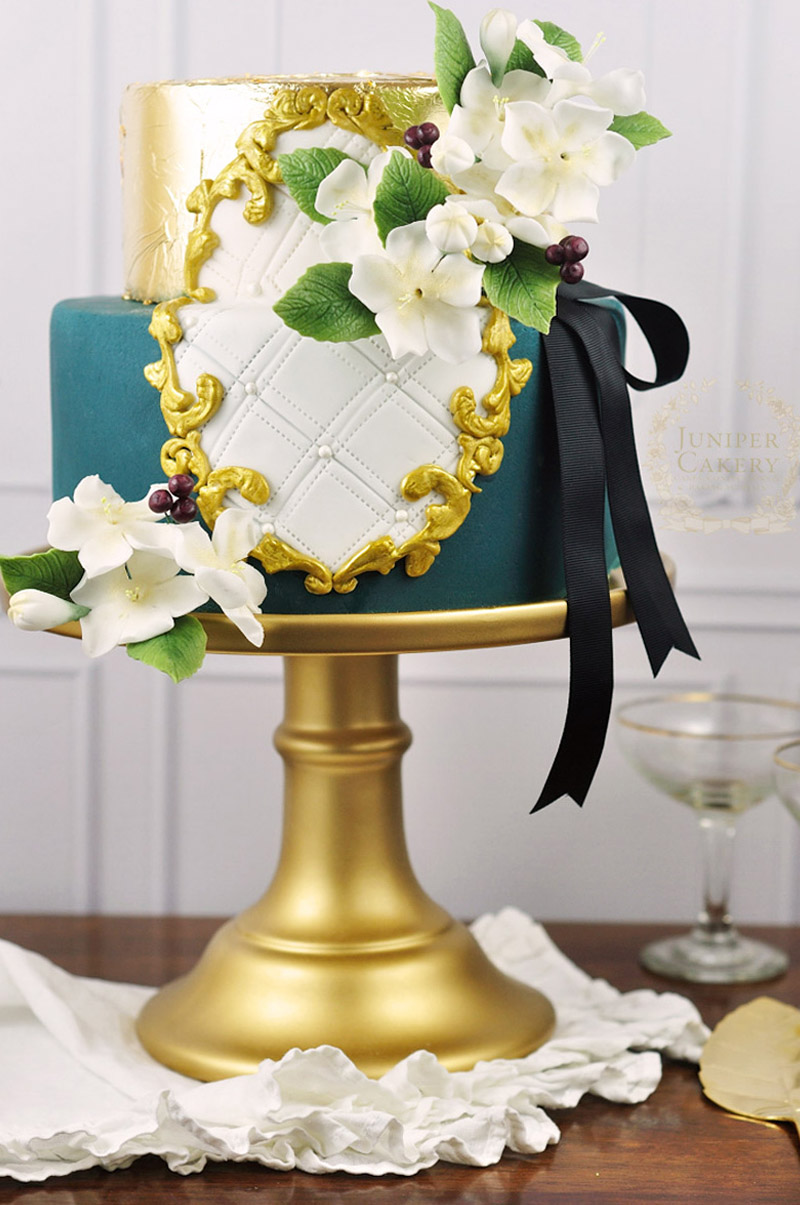 Gold hand painted frame cake by Juniper Cakery