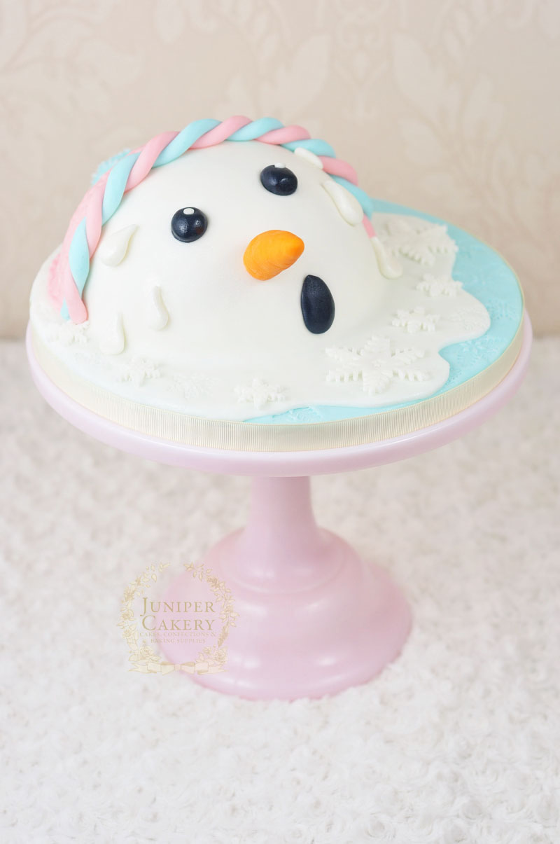 Make a melted snowman cake tutorial by Juniper Cakery