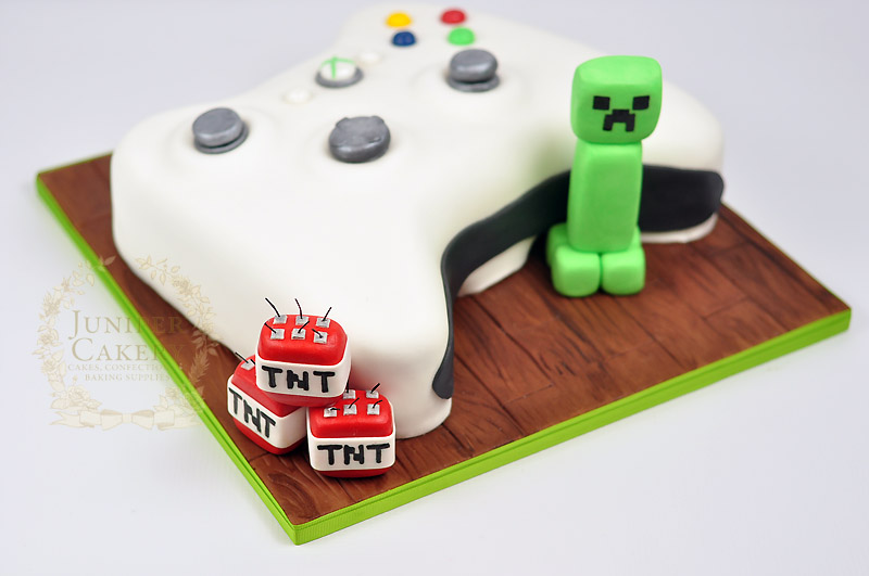 Giant xbox controller cake by Juniper Cakery