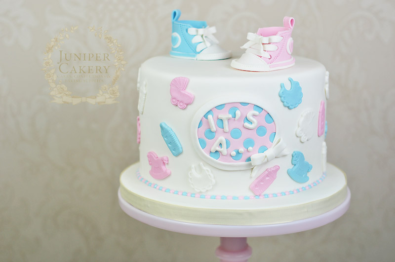 Baby shower cake by Juniper Cakery