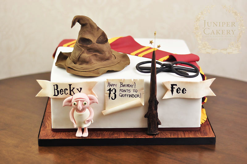 Harry Potter Cake by Juniper Cakery