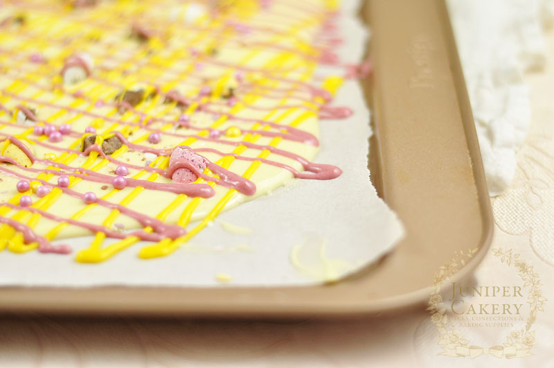 Create pretty chocolate bark with this handy tutorial by Juniper Cakery