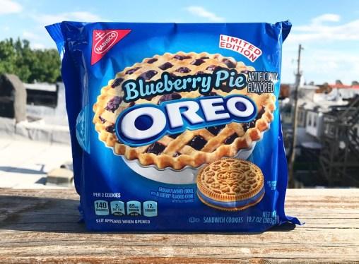 Nabisco Blueberry Pie Oreos