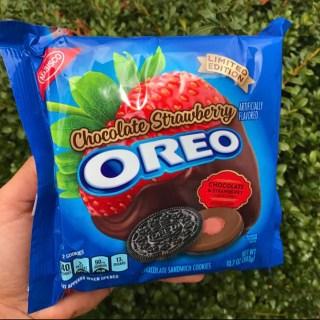 Nabisco Chocolate Strawberry Oreos
