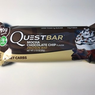 Mocha Chocolate Chip Quest Bar