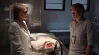 Dexter-S8E1-Vogel-interrogates-Dexter