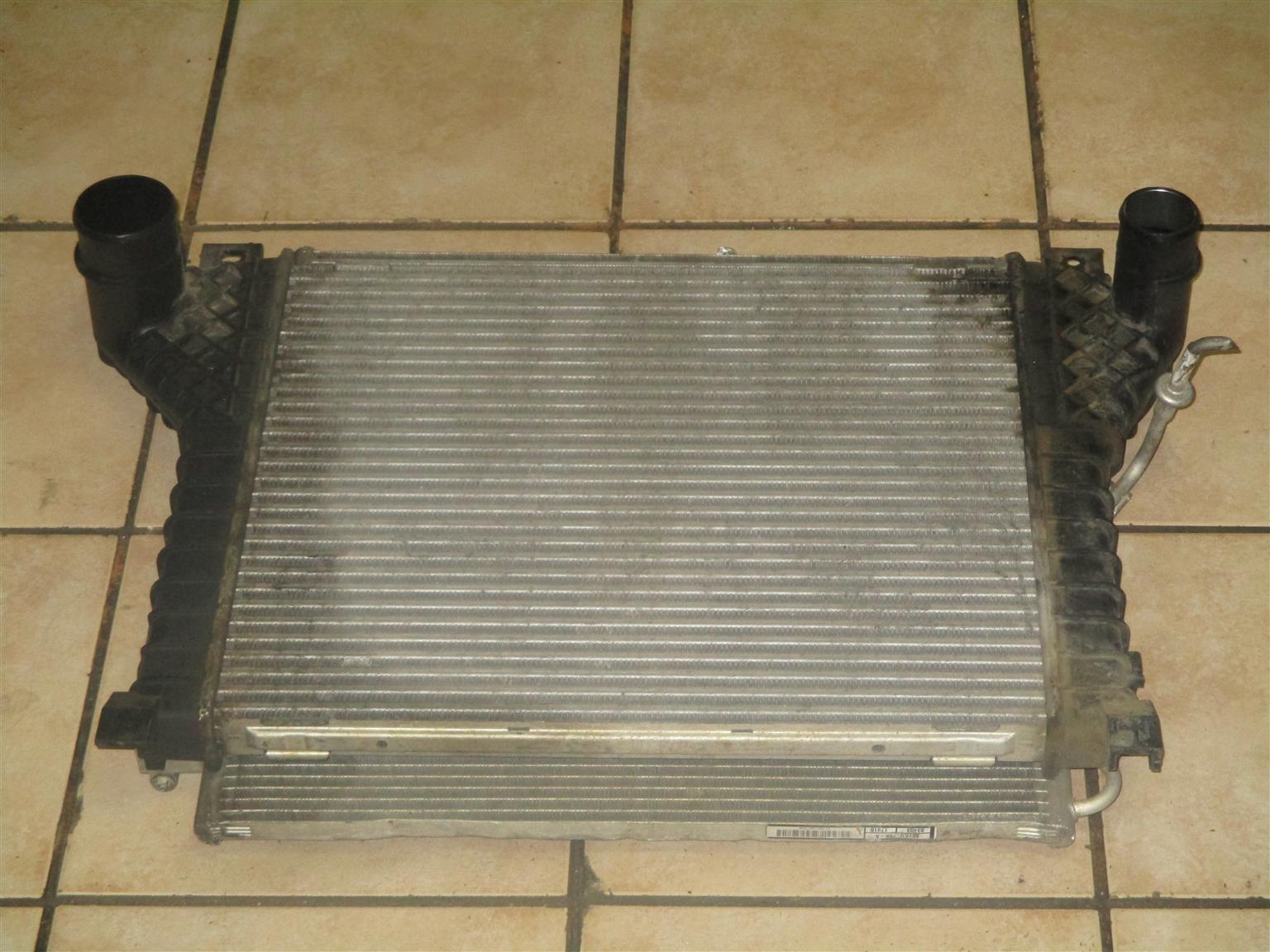 hight resolution of jeep cherokee 3 7 kj 2002 radiators for sale