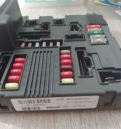 fuse box on a renault megane [ 1440 x 1080 Pixel ]