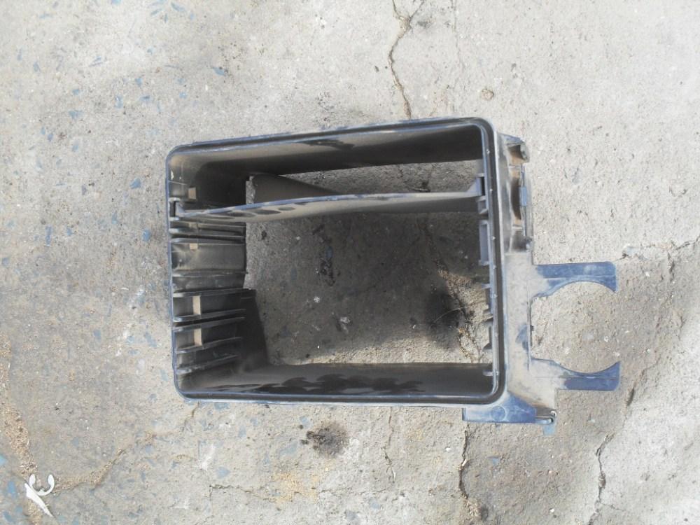 medium resolution of fuse box on volvo v70