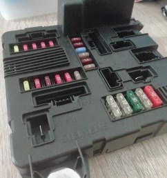 brand new renault scenic megane fuse box [ 1080 x 1440 Pixel ]