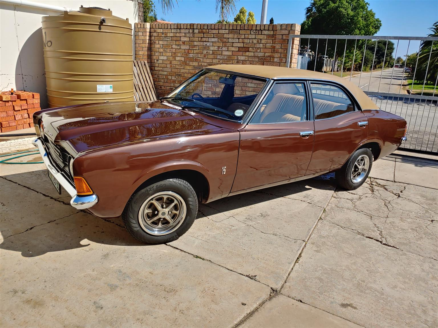 hight resolution of 1977 ford cortina 1600