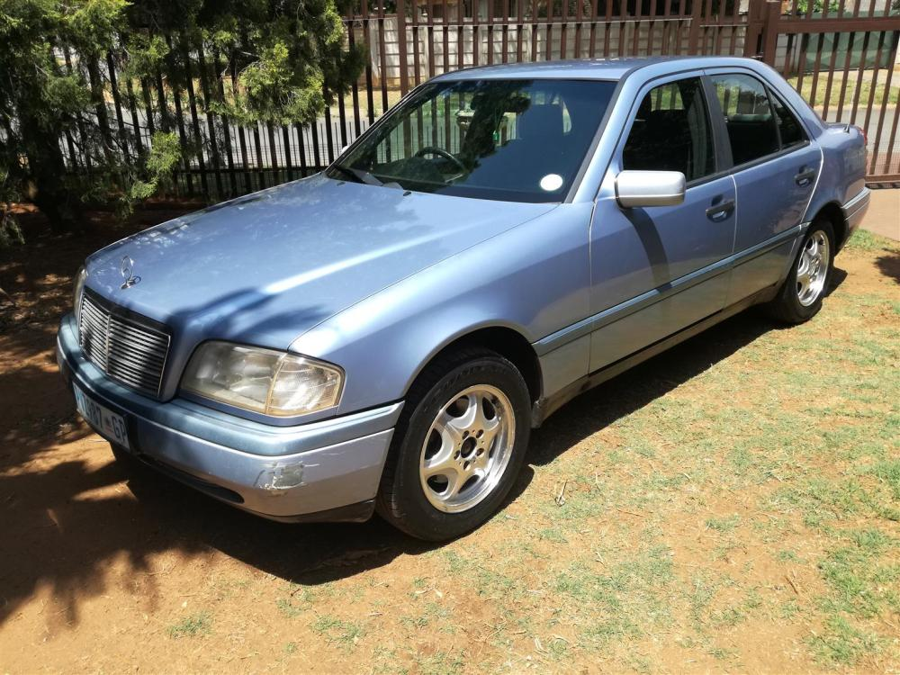 medium resolution of 1995 mercedes benz c class c200 edition c