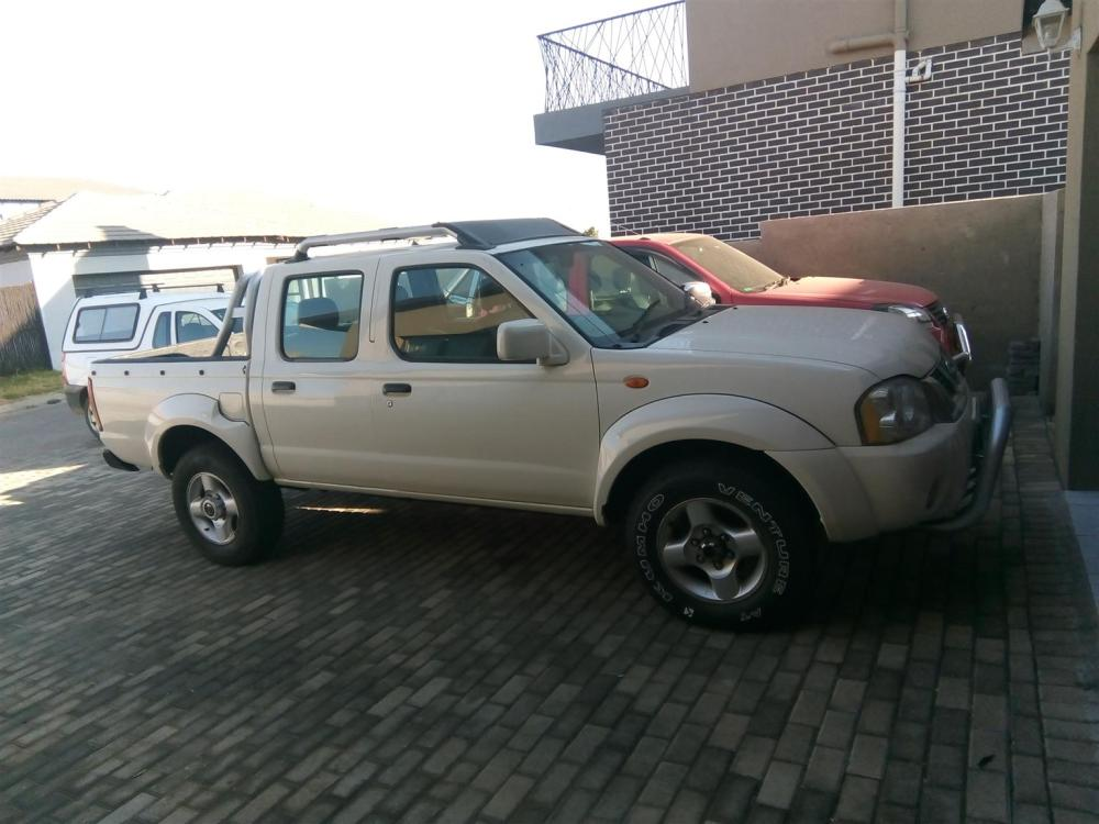 medium resolution of 2008 nissan hardbody 2 4 16v double cab 4x4 se