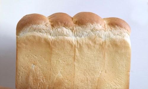 天然酵母食パンは一日限定30本!『つばめカフェ&ミルク』北区サクマチ商店街に!あんトーストのモーニングも!