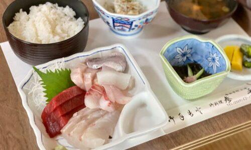 知多『参平 さんぺい』新鮮刺身盛や煮魚が爆盛りでビックリ価格!土日予約必須の食事処