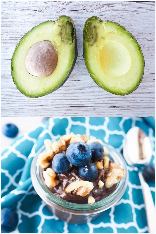 Veganer Schokopudding unten und oben aufgeschnittene Avocado