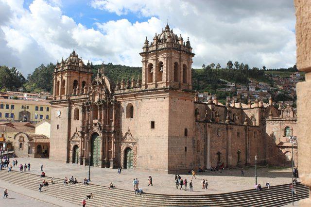 Como comprar uma passagem barata de Lima para Cusco