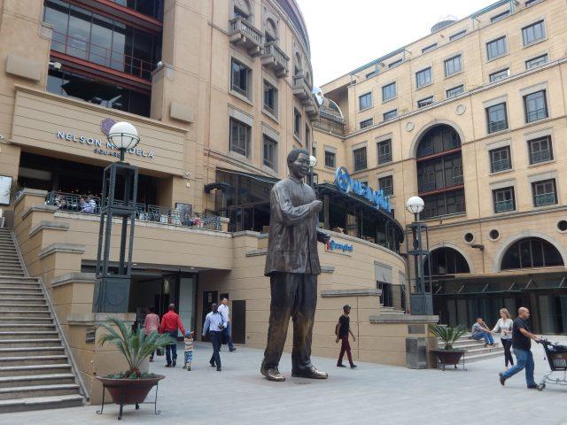 O que fazer em Joanesburgo (África do Sul): Nelson Mandela Square e Sandton City