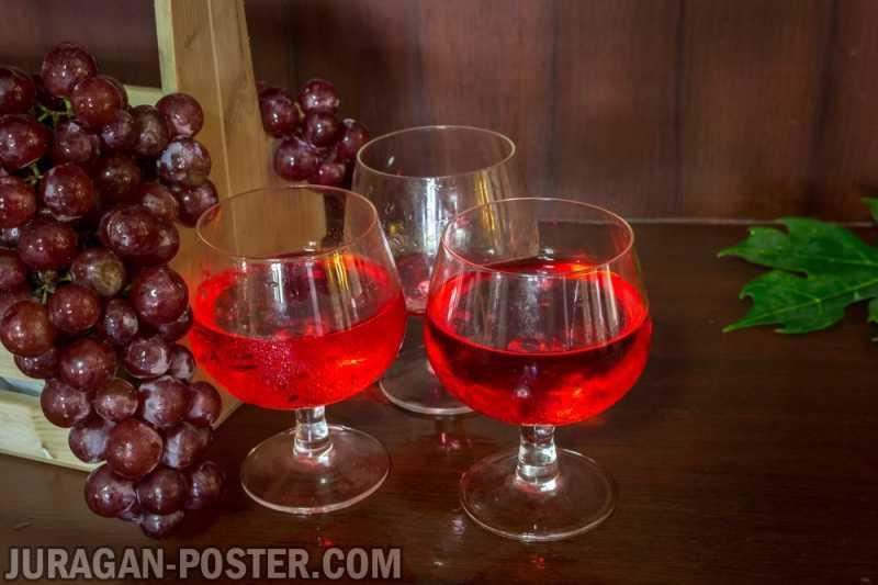 Collection of wine grapes autumn  Jual Poster di Juragan