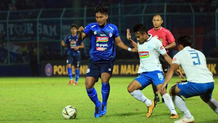 Arema vs PSIS Semarang