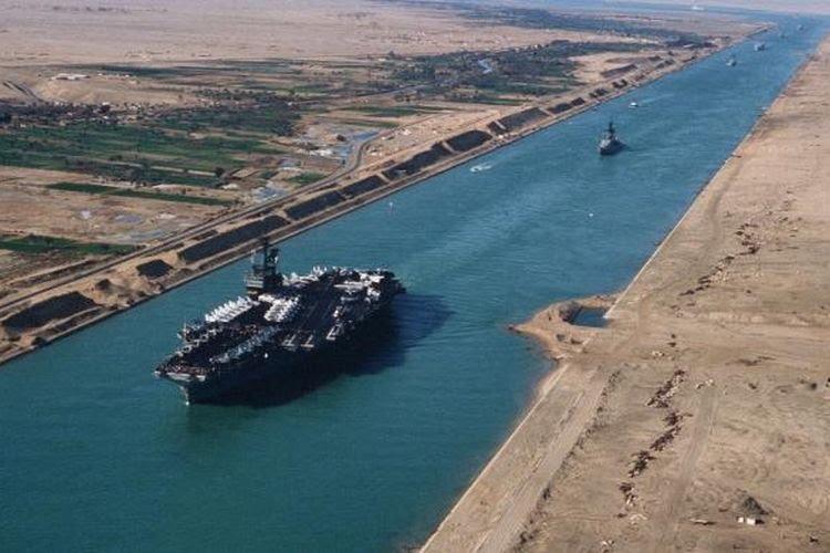 Dan Terjadi Lagi, Kapal Raksasa Terjebak di Terusan Suez