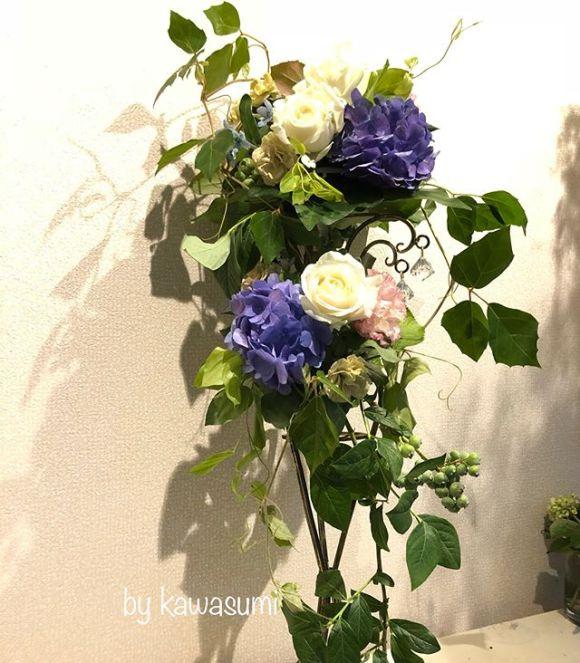 雨の日️レッスン。紫陽花のブーケ。雨の日にも晴れたガーデンウェディングにも似合うと思いますとてもおしゃれにできました!*Julia professeur sanae*#生徒様作品 #紫陽花のブーケ #6月#ジューンブライド #紫陽花#ガーデンウェディング #花 #花すきな人と繋がりたい #花のある風景 #写真#写真好きな人と繋がりたい #実物の方が可愛い
