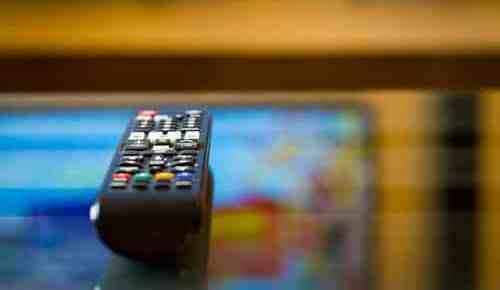 Mantida multa para empresa que ficou 30 dias com TV em assistência sem conserto