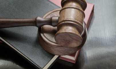 Empresa é responsável por fraude cometida por vendedora em negociacão de veículo