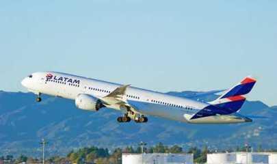 Alteração de voo comunicada com antecedência não gera danos morais