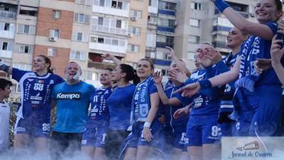 Handbal feminin: Craiovenii sunt asteptati pe esplanada Salii Polivalente pentru a fi alaturi de SCM Craiova in finala Cupei E.H.F.