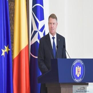 Presedintele Iohannis a semnat decretele de numire in functii a ministrilor Suciu si Cuc 1