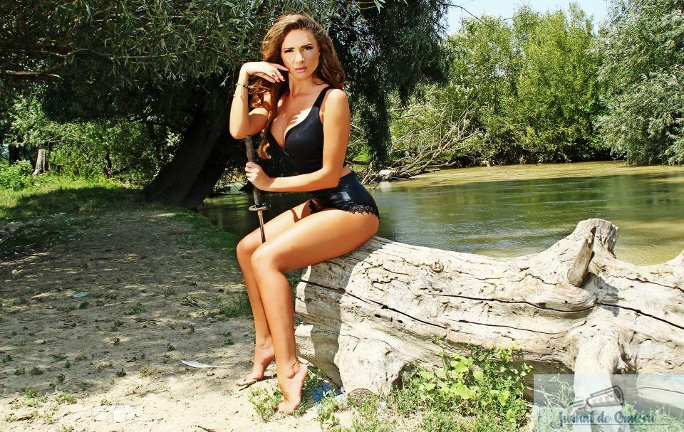 Pictorial INCENDIAR cu Otilia Bilionera, facut intr-o padure de langa Bucuresti! Fotografii EXCLUSIVE 15