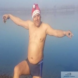 Primarul din Calafat a spart digul de aparare al Dunarii ca sa vina pestele in balta sa 1