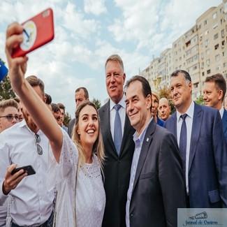 Klaus Iohannis participa la Adunarea Regionala a organizatiilor PNL - Sud-Vest Oltenia maine la Craiova
