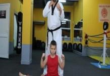 KickBox : Traditia in Familia Patru continua la Clubul Sportiv KickBoxing Razvan Patru !