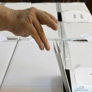 Klaus Iohannis a promulgat legea alegerilor locale. Data scrutinului: 27 septembrie