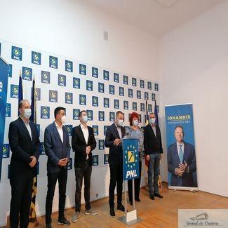 Consilierii municipali PNL Craiova au prefatat sedinta Consiliului Local Craiova : O somam public pe Olguta Vasilescu sa respecte votul din 27 septembrie!