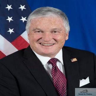 Ambasadorul SUA la Bucureşti transmite condoleanţe familiilor celor decedaţi în incendiul de la spitalul din Piatra Neamţ. Promite un plan pentru spitale