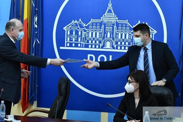 Senatorii si deputatii de Dolj si-au primit certificatele de parlamentari 1