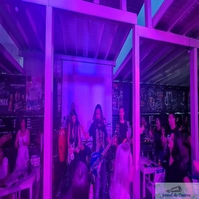 Cafe-Teatru Play a fost gazda trupei Bosquito pentru 2 zile