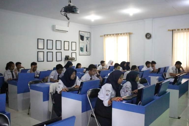 SMK Pasundan 1 Kota Bandung Dikunjungi Oleh 3  Sekolah SMP Di Bandung!