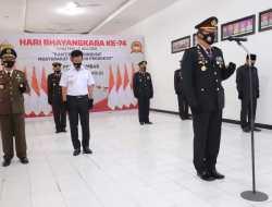 Wawako Erwin Yunaz Hadiri Upacara Virtual HUT Bhayangkara Ke-74 Di Payakumbuh