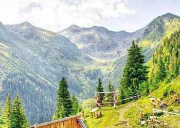 Cinci milioane de euro pentru dezvoltarea unei rezervaţii naturale în Munţii Făgăraş 11