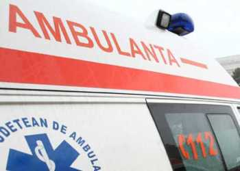 Copilul căzut de la etaj - transferat la un spital din București 8