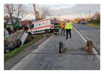 Accident grav la Moșoaia, provocat de un șofer cu permisul suspendat. Un copil și o tânără de 18 ani au ajuns la spital 4